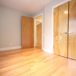 A $3,200.00, 5 bed / 1 bathroom apartment in Bushwick
