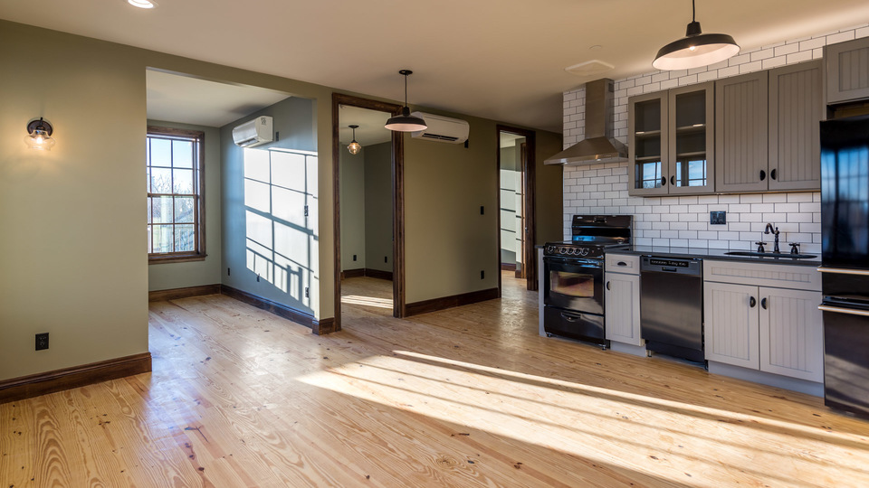 A $3,600.00, 3 bed / 1 bathroom apartment in Greenpoint