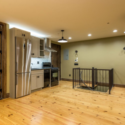 A $5,000.00, 4 bed / 1.5 bathroom apartment in Greenpoint