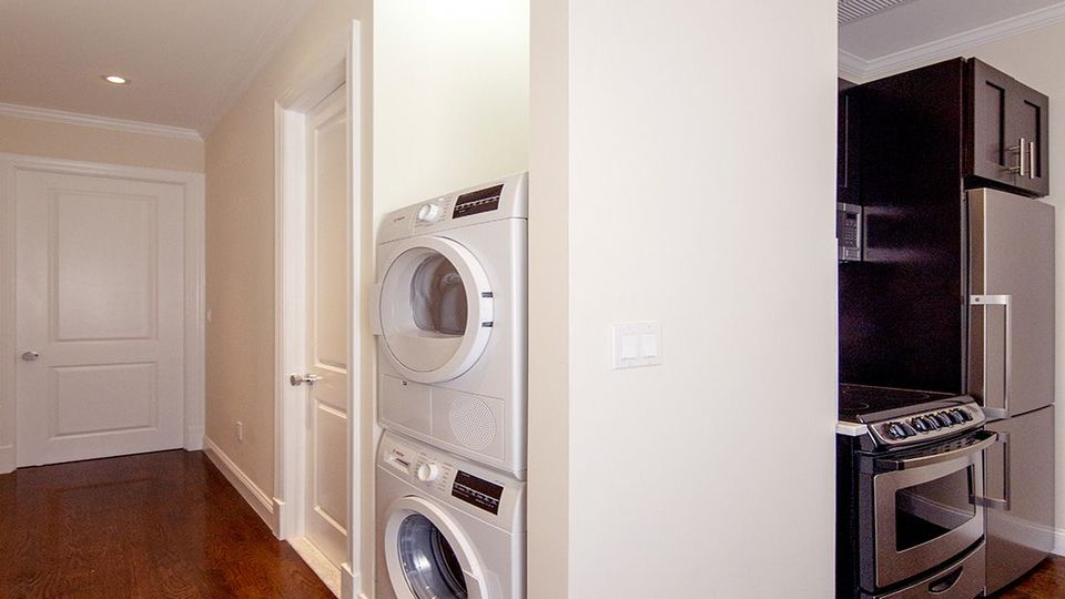 A $3,758.00, 2 bed / 2 bathroom apartment in Williamsburg