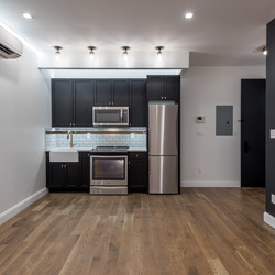 A $2,650.00, 3 bed / 1 bathroom apartment in Prospect Lefferts Gardens