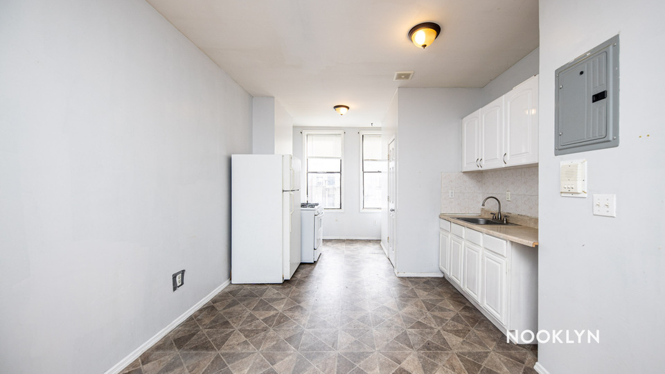 A $1,800.00, 2 bed / 1 bathroom apartment in Bushwick