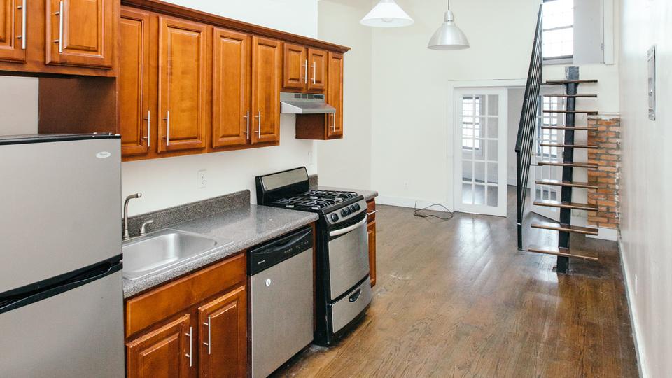 A $3,100.00, 3 bed / 1 bathroom apartment in Bushwick
