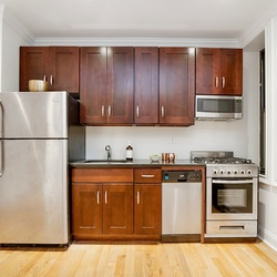 A $2,847.00, 3 bed / 1 bathroom apartment in Crown Heights
