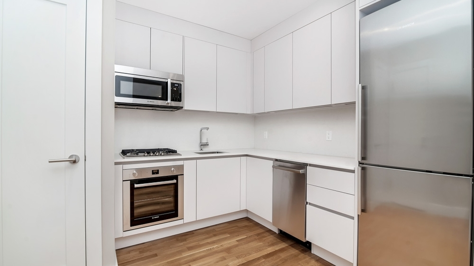 A $1,840.00, 0 bed / 1 bathroom apartment in Flatbush