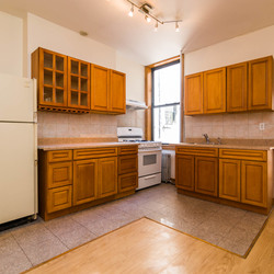 A $2,500.00, 2.5 bed / 1 bathroom apartment in Greenpoint