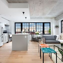 A $4,265.00, 2 bed / 2 bathroom apartment in Williamsburg
