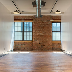 A $2,465.00, 0 bed / 1 bathroom apartment in Williamsburg