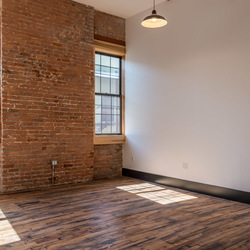 A $2,400.00, 0 bed / 1 bathroom apartment in Williamsburg