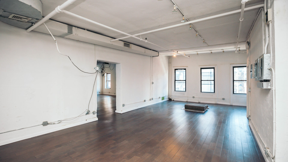 A $10,000.00, 1 bed / 1 bathroom apartment in Lower East Side
