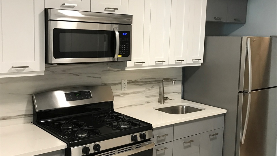 A $2,230.00, 2 bed / 1 bathroom apartment in Bed-Stuy