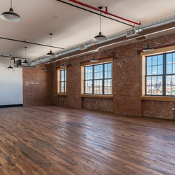 A $6,395.00, 0 bed / 1 bathroom apartment in Williamsburg