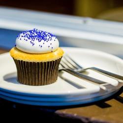Baked   vanilla cupcake 3