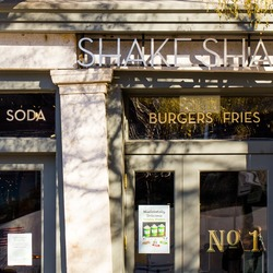 Shake shack dumbo 2 1