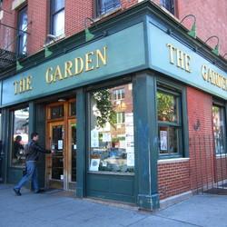 Greenpoint16 garden