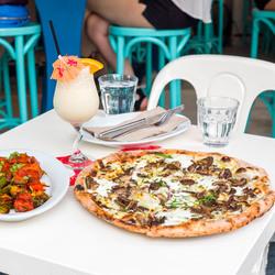 Pizza beach 14