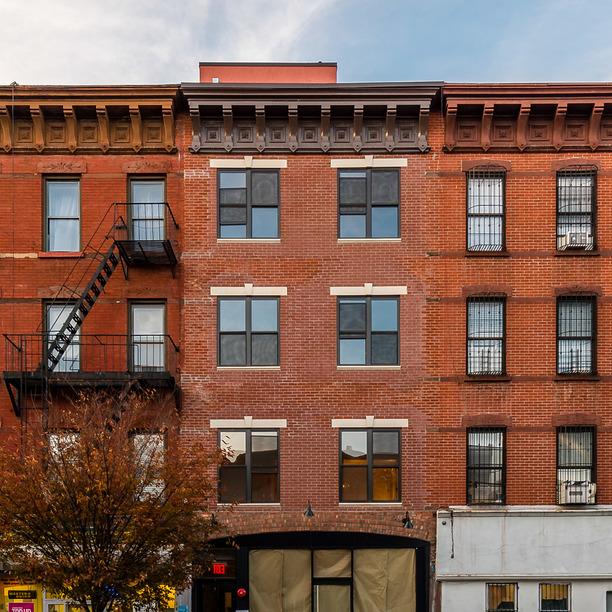 595 myrtle avenue exterior 1