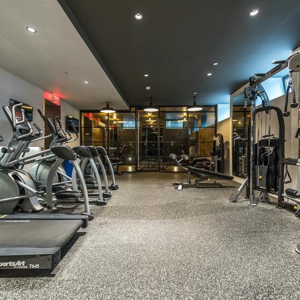 019 017 185 leonard street gym 4