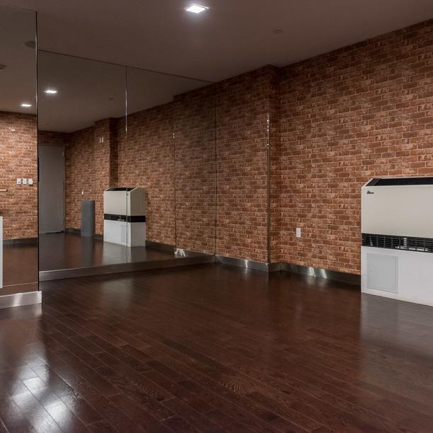 123 parkside avenue yoga room 1