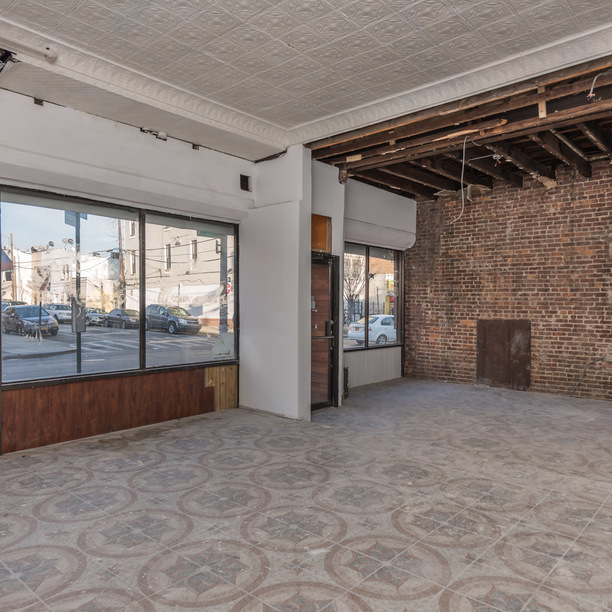 880 wyckoff avenue commercial 1