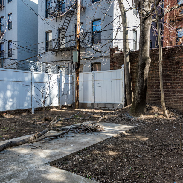 669 e 21st street brooklyn backyard 1