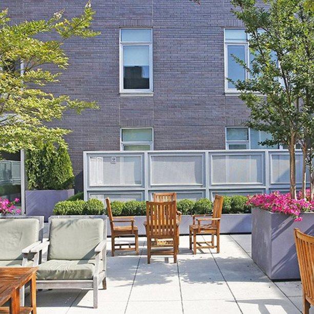 568 union courtyard