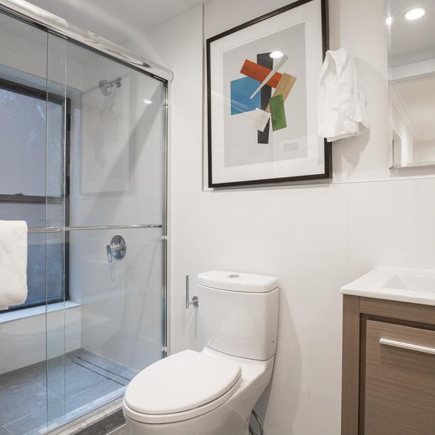 A Apartment In Upper East Side Manhattan Nooklyn - Bathroom showrooms manhattan