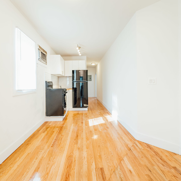 140 frost st 01
