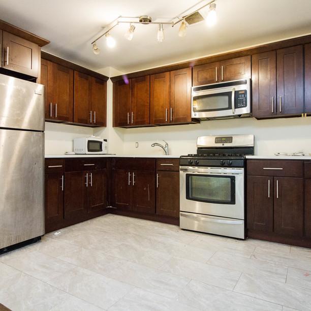 697 park pl kitchen %286 of 6%29