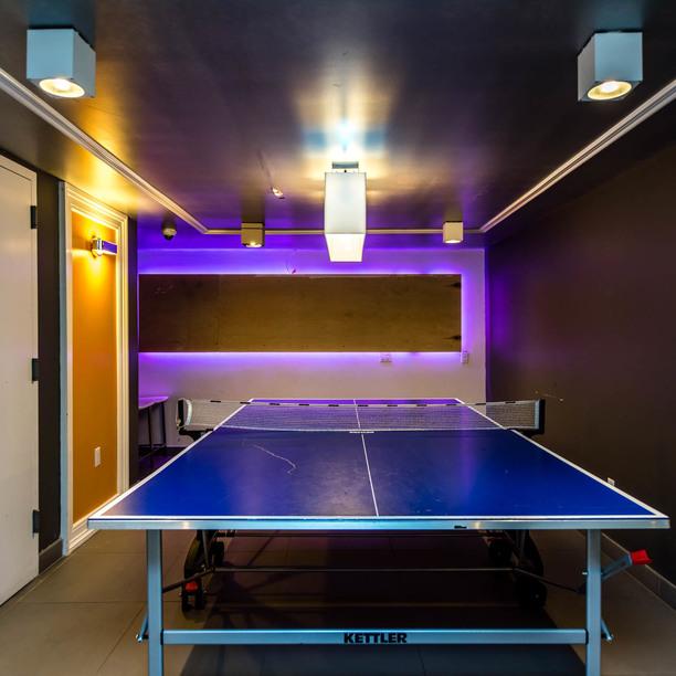 023 037 1635 putnam avenue game room 1