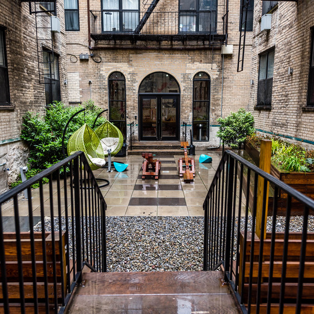 030 017 1635 putnam avenue courtyard 6