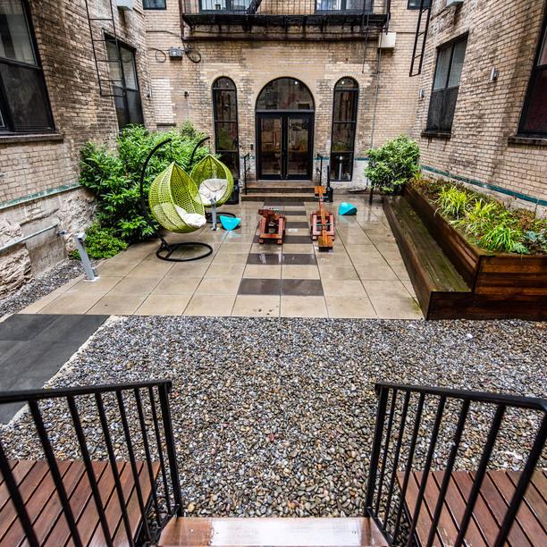 036 026 1635 putnam avenue courtyard 8