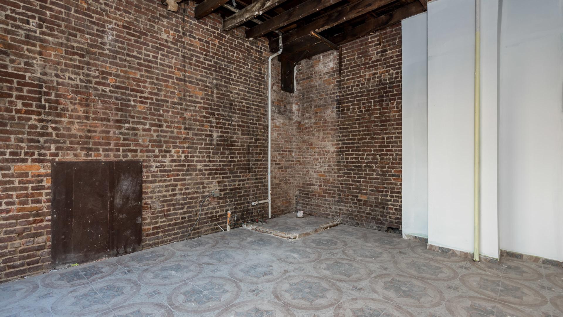 A $2,795 commercial property in Bushwick, Brooklyn - Nooklyn