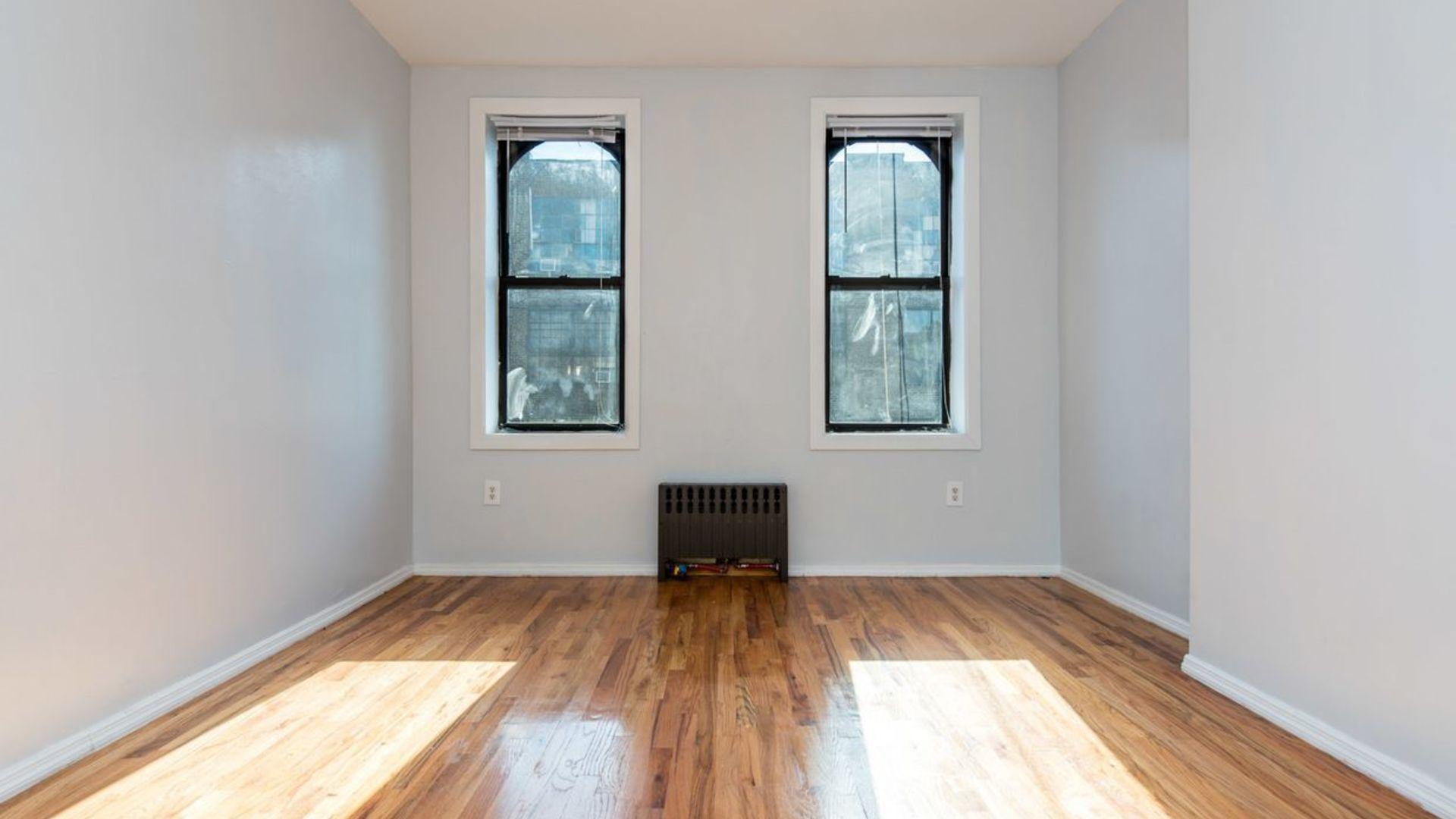 93 knick room