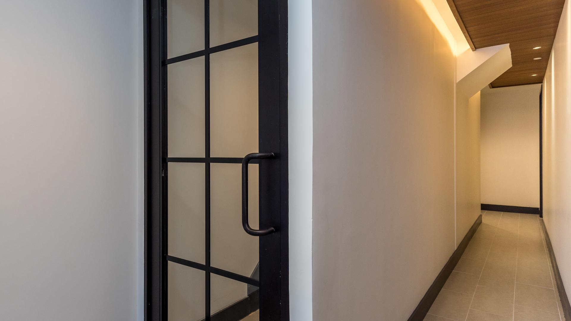 161 winthrop street interior first floor 1