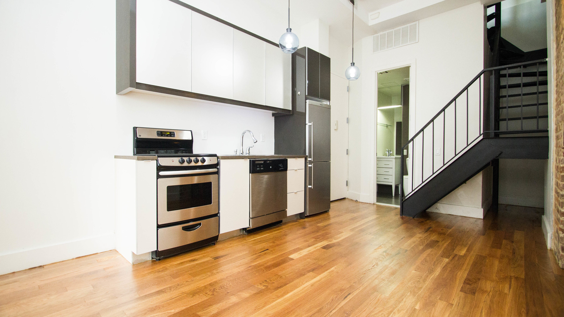 193 bedford ave 4c %287 of 18%29