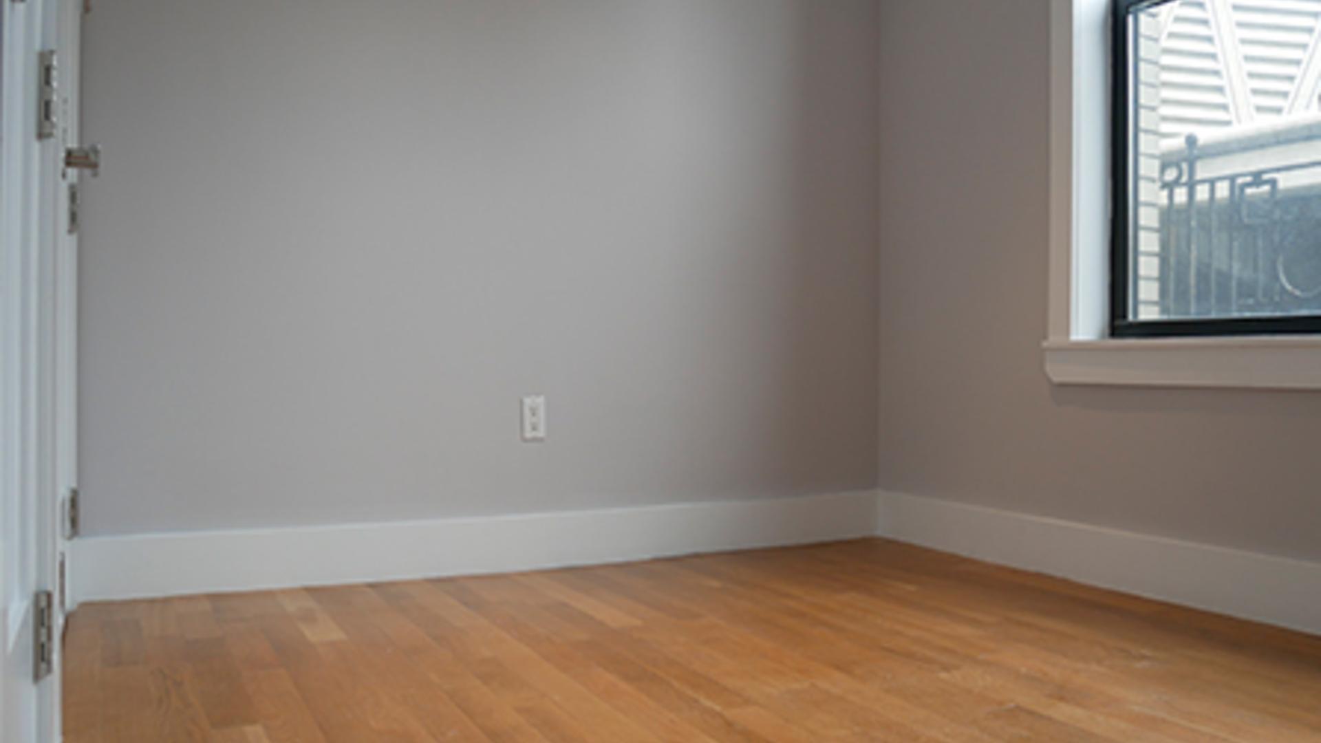 0b48f991 355 u38020 bedroom1