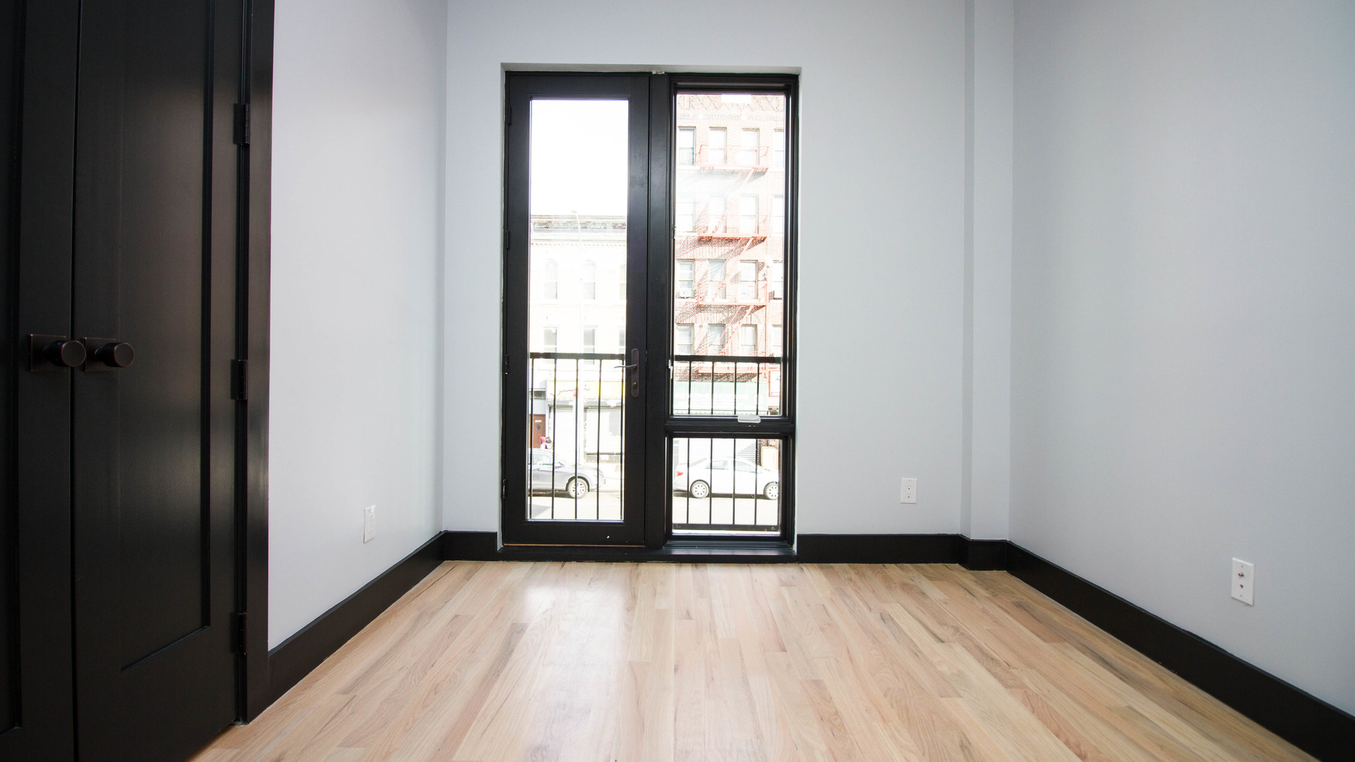 020 1544 nostrand ave 2f %2813 of 21%29