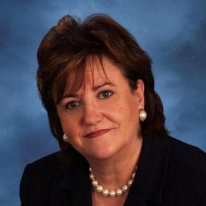 Education Commissioner MaryEllen Elia to leave job at the end of August