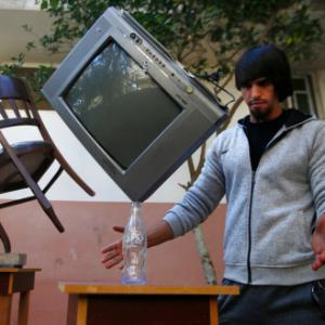 Gaza man masters rare skill of balancing art
