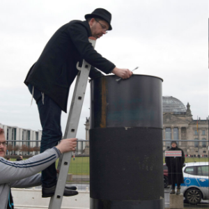 Berlin police stop removal of urn that angered Jewish groups