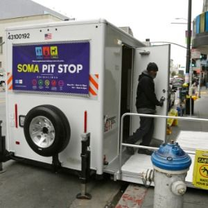 San Francisco curbs waste with public toilets, 'poop patrol'