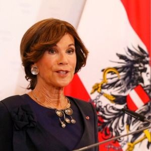 Austria swears in first female chancellor, pledges stability