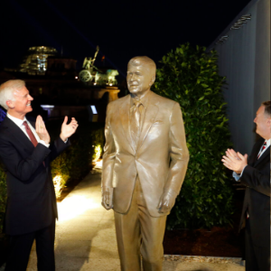 Reagan statue unveiled in Berlin at Cold War speech site