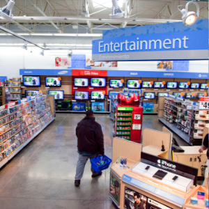 Walmart pulls violent game displays; no change on gun sales