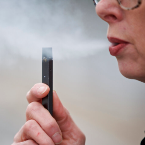 Former Juul exec alleges company shipped tainted products