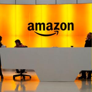 Amazon says Trump's 'improper pressure' doomed Pentagon bid