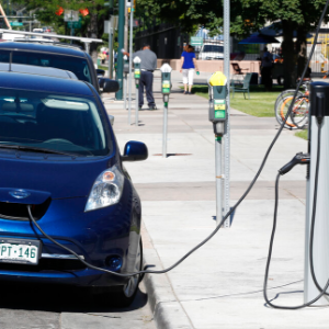 Colorado OKs electric car requirement to fight air pollution