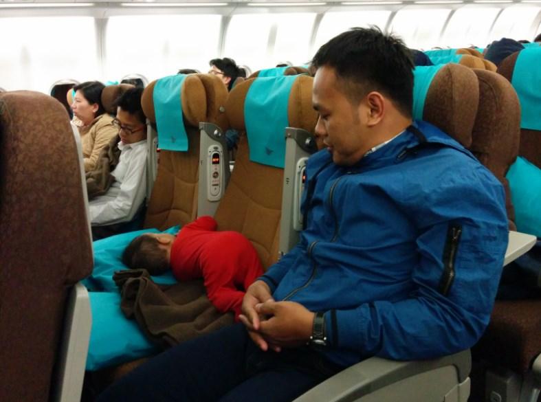 Tips Membawa Si Kecil di Pesawat Agar Santai Saat Travelling