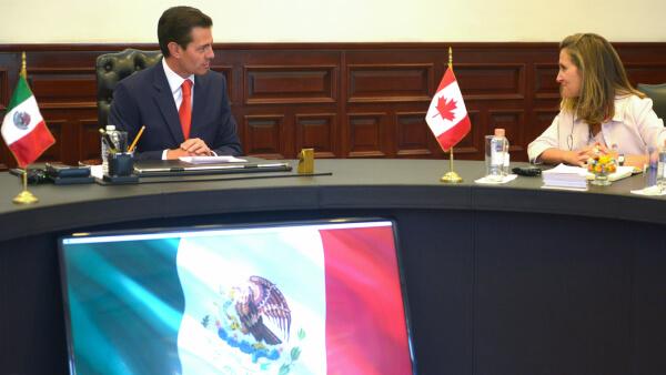 EE.UU, México y Canadá firman nuevo acuerdo comercial sustituyendo al TLCAN